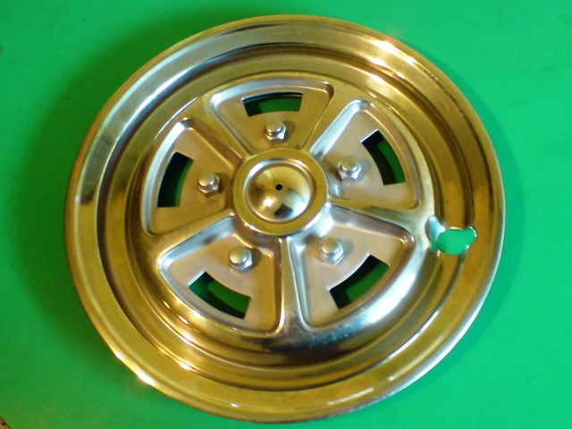 Stag 'Rosyle' wheel trim